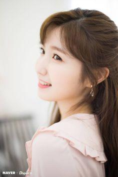 [📷] 190404 Naver x Dispatch - Honda Hitomi Yuri, Kpop Girl Groups, Kpop Girls, Namjoo Apink, Boys Republic, Japanese Girl Group, Kim Min, The Wiz, K Idols