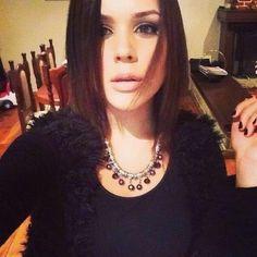 Valeria Baroni Violet, Short Hair Styles, Jewelry, Fashion, Bob Styles, Jewellery Making, Jewlery, Jewelery, Fashion Styles