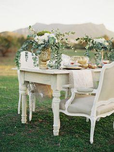 countryside tuscany wedding dinner party inspiration with elegant decor #weddingreception #destinationwedding #weddingchicks http://www.weddingchicks.com/2014/01/31/italian-dream-wedding-ideas/