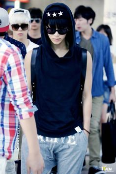 #Taemin went back to black. Better than blonde but I still miss that red lucifer…