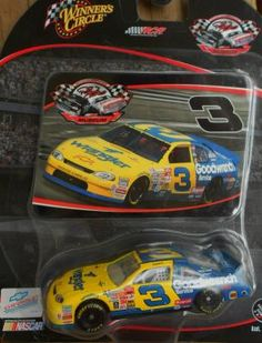 NASCAR 2004 WINNER'S CIRCLE MUSEUM SERIES DALE EARNHARDT #3 FREE SHIPPING!! Dale Earnhardt, Nascar Diecast, Collector Cards, Monte Carlo, Museum, Cars, Free Shipping, Yellow, Blue