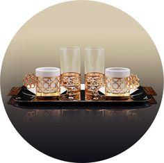 NEYREN  Eşsiz tadının yanında muhteşem sunum ritüelleri ile geçmişten günümüze bir kültür mirası olan türk kahvesi, en keyifli anların tanığı oluyor. Bir çok kaynakta sekiz cennet kapısını simgeleyen Selçuklu yıldızı motifi ile tasarlanan servis seti, kahve sohbetlerinizi güzel hikayelere dönüştürüyor.  El işçiliği ile üretilmiştir.  www.kaldeas.com