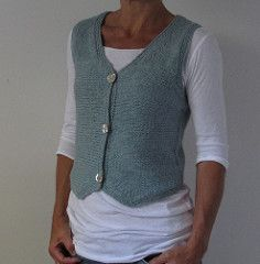 Ravelry: First Frost pattern by Heidi Kirrmaier Ravelry, Knit Vest Pattern, Arm Knitting, Knitting Ideas, Knitting Projects, Christmas Knitting Patterns, Lang Yarns, Dress Gloves, Red Heart Yarn