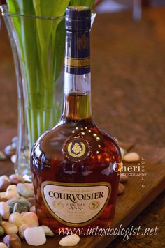 Courvoisier Cognac V. Good Whiskey, Cigars And Whiskey, Cuban Cigars, Whisky, Top Tequila, Full Course Dinner, Best Cognac, Alcohol Aesthetic, Wine Pairings