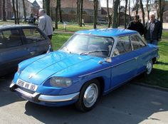 The Panhard 24 is a compact two-door coupé automobile produced between 1964 and 1967 by French manufacturer Panhard. French Classic, French Vintage, Classic Cars, E Sport, Sport Cars, Vintage Cars, Antique Cars, Old Cars, Bugatti