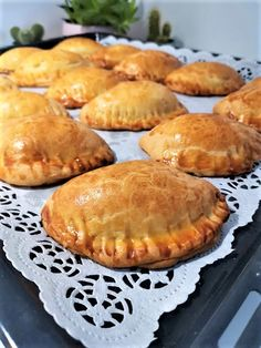 Empanadas, Recipe For Success, Greek Dishes, Pleasing Everyone, Apple Pie, Macarons, Biscuits, Muffin, Food And Drink