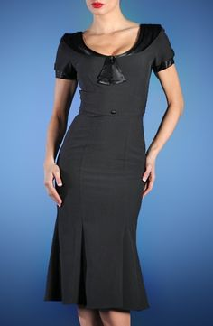 ♥ - From Stopstaringclothing.com, a vintage clothing reproduction site