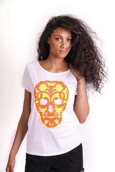 NEON SEQUIN SKULL GRAPHIC T-SHIRT R 275.00 - Stretch t-shirt material - Longer length - Round neckline - Short sleeves - Neon sequin skull graphic on front Skull, Short Sleeves, Sequins, Neckline, Neon, T Shirts For Women, Collection, Tops, Fashion