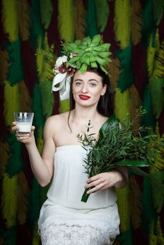 Spring is in my soul, even if we have snow outside and I have tons of reasons to be grateful for. 8th Of March, Headpiece, Crown, Spring, Flowers, Fashion, Moda, Headdress, Corona