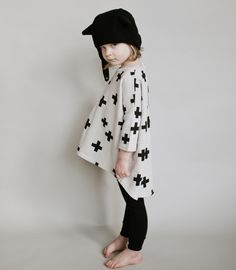 BEAU LOVES - Oversized top Crosses