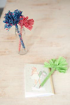 DIY fabric pom pom pen WOW TO- Kids Magazine  by Dana Israeli - craft projects, decorating ideas, party tips and inspiration