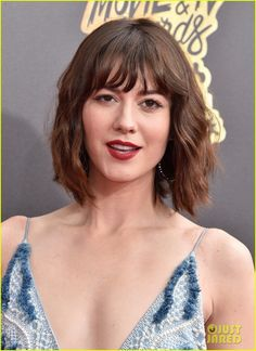 Mary Elizabeth Winstead Short Wavy Cut - Mary Elizabeth Winstead topped off her look with short waves and wispy bangs when she attended the 2017 MTV Movie and TV Awards. Mary Elizabeth Winstead, Mtv Movie Awards 2017, Tv Awards, 10 Cloverfield Lane, Mercy Street, Dance Careers, Mary Todd Lincoln, The Spectacular Now, Ramona Flowers