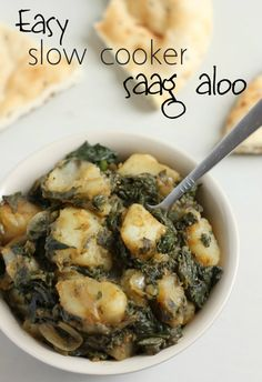 Easy slow cooker saag aloo -  an Indian spinach and potato curry Read more at http://www.amuse-your-bouche.com/easy-slow-cooker-saag-aloo/#BBEZED7qUQryQseq.99Amuse Your Bouche