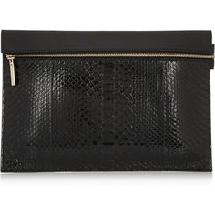 Victoria Beckham Python and leather clutch (14.615 ARS) ❤ liked on Polyvore featuring bags, handbags, clutches, black, leather clutches, python purse, hand bags, python leather handbag and leather handbags