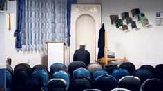 Die Schweizer Muslime hoffen, dass sie dereinst von im Inland ausgebildeten Imamen betreut werden können.
