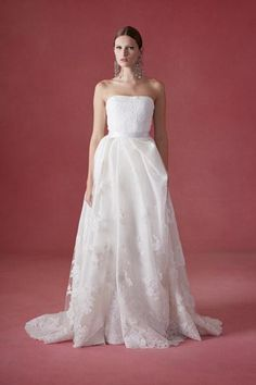 The new bridal collection from Oscar de la Renta is here