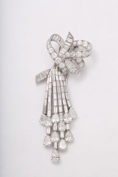 Frivolous Fabulous - Van Cleef & Arpels Gorgeous Jewels for Miss Frivolous Fabulous