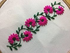 Hand Embroidery Patterns Free, Embroidery Sampler, Flower Embroidery Designs, Embroidery Transfers, Hand Embroidery Stitches, Vintage Embroidery, Embroidery Kits, Machine Embroidery Designs, Knitting Stitches