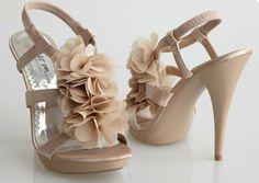 Zapatos de novia nude