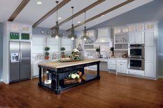 Kitchen, Light & Timeless, Photo 56 - KraftMaid Photo Gallery