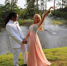 **Customer Spotlight**🔦 Our customer @emoods_ looks stunning in her @daveandjohnny dress for prom! We're so happy that you shopped with us and allowed us to be a part of your special day! 💕  #frenchnovelty #daveandjohnny #prom2k17 #promdress #jacksonvilleprom #customerappreciation