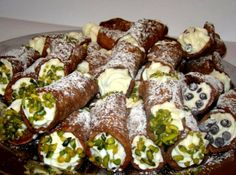 Canolli Recipe, Just Desserts, Dessert Recipes, Hungarian Recipes, Hungarian Food, Cannoli, Ricotta, Sushi, Cravings