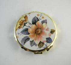 Vintage compact unused new old stock powder by FeliceSereno, $10.00