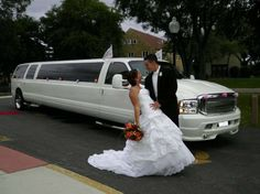 Innisfil Limo  - Airport Transportation - Proms - Graduation  - Wedding - Limo Services - Birthday & Special Occasion