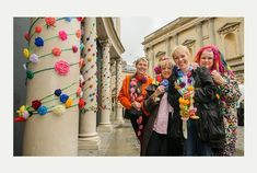 City decorated with roses for Bath in Fashion | Bath Chronicle