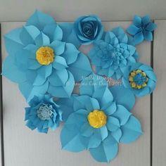 Blue paper flowers Paper Flower Wall, Paper Flowers, Frozen, Home Decor, Blue, Decoration Home, Room Decor, Home Interior Design, Home Decoration