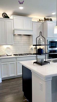 White Kitchen & open concept floorplan  <br> Open Plan Kitchen Living Room, Kitchen Dining Living, Home Decor Kitchen, Farm House Kitchen Ideas, Kitchen Ideas On A Budget, Kitchen Room Design, White Kitchen Decor, Dining Rooms, Lounge Design