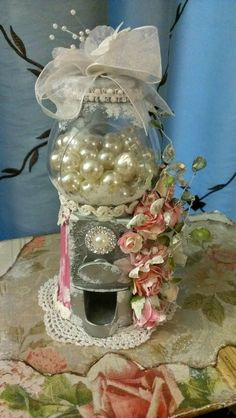 Kitty'sScrapPost: Working Shabby Chic Gumball Machine