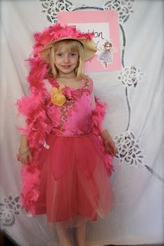 Little Page Turners: Fancy Nancy Party - Accessorize!
