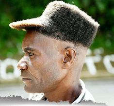 These craziest hairstyles that people have actually gotten are more than just a bad hair day. After looking these funny bad haircuts, you will never forget to tip your barber again! Epic Fail Pictures, Funny Pictures, Haircut Funny, Hat Hairstyles, Man's Hairstyle, Funny Hairstyles, Bad Hair Day, Cool Haircuts, Crazy Hair