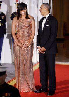 Michelle Obama đẹp nhất tuần với đầm setxy của Versace
