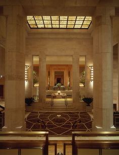 Entrance floor @ Four Seasons Hotel lobby, New York City. York Hotels, Nyc Hotels, Hotels And Resorts, Luxury Resorts, Walter Gropius, Marcel Breuer, Four Seasons Hotel, Art Nouveau, Art Deco