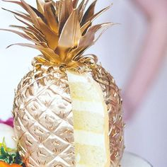 I am OBSESSED with this amazing Pineapple Cake - Seriously though!!