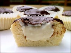 Skinny Boston Cream Pie Cupcakes