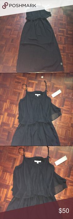 NY Collection Black Summer Dress Size Small NY Collection Black Summer Dress Size Small. new with tags. Retails for $70. Super flowy and perfect for summertime. Very elegant with elastic waistband. ☀️ No Trades🌟 NY Collection Dresses