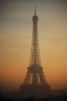 Paris - Eiffel tower from the Arc de Triomphe by Pauldc, via Flickr