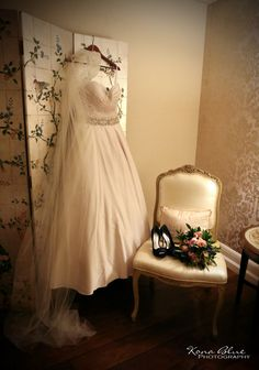 Historic Mission Inn Riverside CA Wedding Romance Photography Photos Photographer Mission Inn, Affordable Wedding Photography, Couples In Love, Photography Photos, Blue Wedding, Backdrops, Flower Girl Dresses, Romance, Weddings