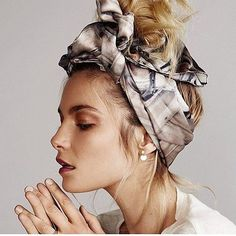 Exclusive: VS Model Bridget Malcolm Takes Beach Hair to the Spring Summer head scarf How To Wear Headbands, How To Wear Scarves, Bandana Headbands, Messy Bun Hairstyles, Headband Hairstyles, Fall Hairstyles, Blonde Hairstyles, Headband Updo, Latest Hairstyles