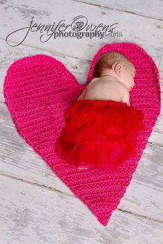 Crochet NEWBORN Heart Mat Photography Prop by FaithandSparrows, $32.00