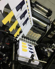 Mooie stansvorm (met ril) voor luxe visits  #stansen #visitekaartjes #boekdruk #luxekaartje #visits #letterpress #bink
