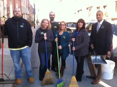 Howard Hanna Philadelphia Green Team cleaning up at 2529 S. Rosewood St, 19145.