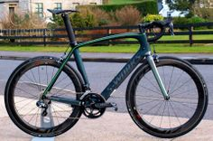 Specialized S-Works Venge Cavendish Edition from @Ciclisportni http://www.ciclisport.com