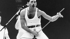 Watch the video «The Freddie Mercury Tribute Concert  (HD)» uploaded by Top Trending Vídeos on Dailymotion.