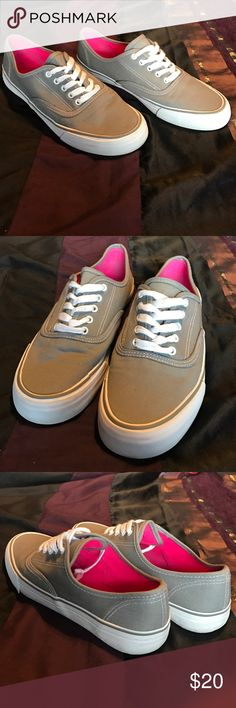 How Boxer Imitation vans Grey Joe Boxer Sneakers that look a lot like Vans! Only worn a few times! Smoke and Pet free. In great condition. Joe Boxer Shoes Sneakers