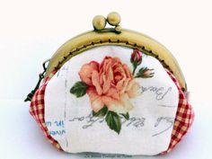 Monedero tela - rosa y cuadros- de La Tienda Vintage de Kima por DaWanda.com