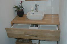 Maak zelf je wastafelmeubel Decor, Shelves, Single Vanity, Bath, Home Decor, Bathroom Vanity, Bathroom, Toilet, Sink